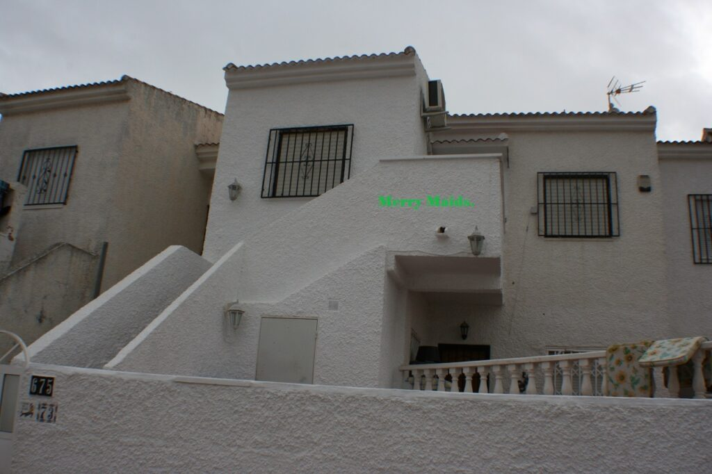 El Chaparral Apartment